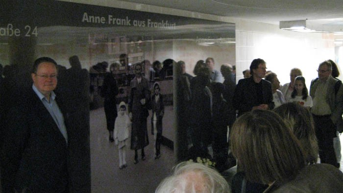 Anne Frank Dornbuschpassage-1