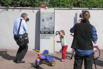Anne-Frank-Gedenkstele