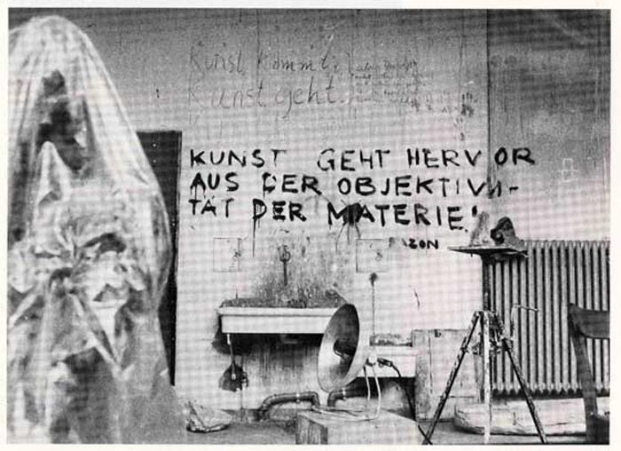 """aus: """"Städelschule Frankfurt am Main - Aus der Geschichte einer deutschen Kunsthochschule"""", Seite 151, 1982, Frankfurt am Main"""
